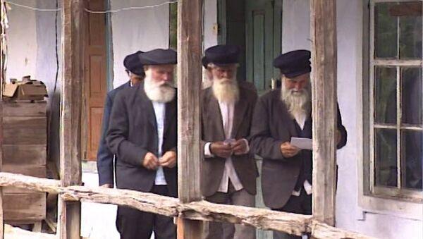 В армянском селе Фиолетово русские христиане верят в Бога без икон и священников - Sputnik Արմենիա