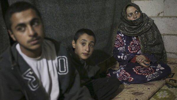 Сирийские беженцы в долине Бекаа в Ливане - Sputnik Армения