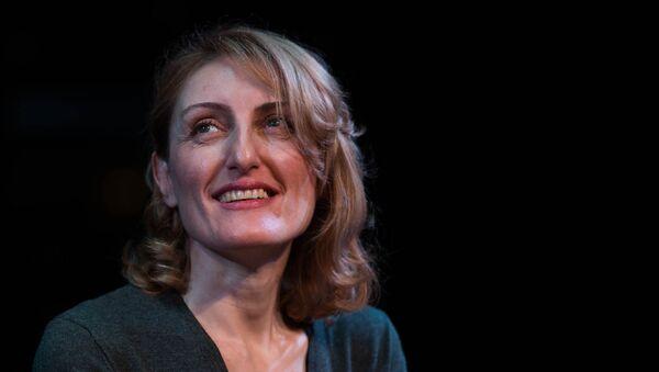Презентация книги Манюня Наринэ Абгарян в Ереване - Sputnik Արմենիա