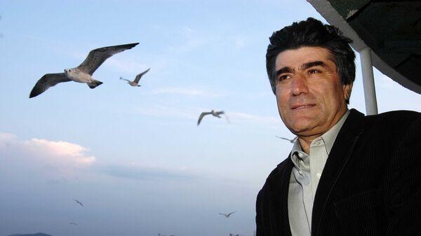 Грант Динк — турецко-армянский журналист, колумнист, главный редактор турецко-армянской газеты «Агос» - Sputnik Армения