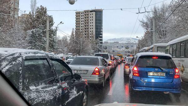 Первый снег в Ереване - Sputnik Армения
