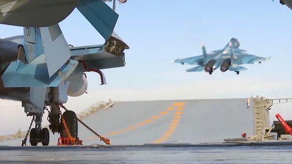 Боевая работа авиации ТАВКР Адмирал Кузнецов в Средиземном море у берегов Сирии - Sputnik Армения