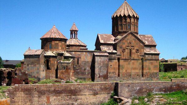 Монастырь Аричаванк. Село Арич, Ширак, Армения - Sputnik Армения