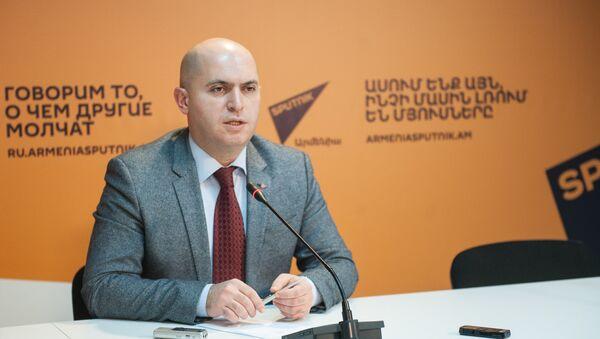 Пресс-конференция Армена Ашотяна - Sputnik Արմենիա